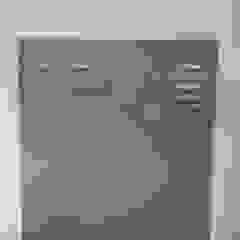 Bordalo Portas e Automatismos Modern study/office Metal Grey