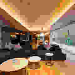 WATER GLASS VILLA モダンデザインの リビング の Mアーキテクツ|高級邸宅 豪邸 注文住宅 別荘建築 LUXURY HOUSES | M-architects モダン コンクリート