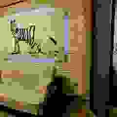 por Дизайн-студия интерьера и ландшафта 'Деметра' Tropical