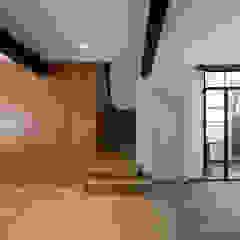 Casa de Ontem por Raul Garcia Studio Mediterrânico