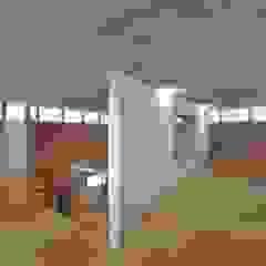 周のいえ 〜螺旋階段を中心に周る360度の窓〜 の ツジデザイン一級建築士事務所 インダストリアル