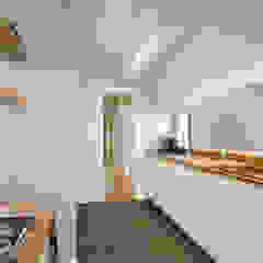 Apartamento Contemporâneo - T4 com cozinha aberta para a sala - PORTO por SHI Studio, Sheila Moura Azevedo Interior Design Escandinavo