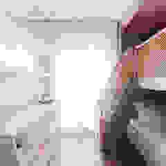 Quarto para uma menina por Thiago Mondini Arquitetura Eclético