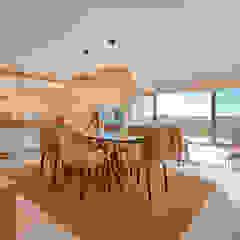 Apartamento T2 em Cascais - SHI Studio Interior Design Salas de jantar tropicais por SHI Studio, Sheila Moura Azevedo Interior Design Tropical