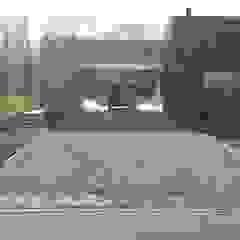 Vivienda D+T AREA60 Garajes modernos de Arquitectura Bur Zurita Moderno