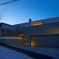 Scandinavian style garage/shed by アトリエモノゴト 一級建築士事務所 Scandinavian Concrete