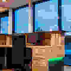 interior design PURUS PLASTICS GmbH من edictum - UNIKAT MOBILIAR ريفي رخام
