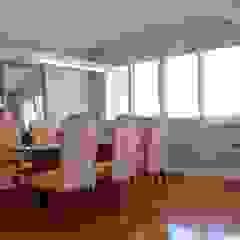SALA E JANTAR Salas de jantar mediterrâneas por arquiteta aclaene de mello Mediterrâneo Madeira Efeito de madeira