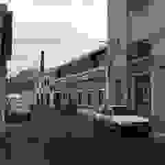 Loft em Marvila, Lisboa, Portugal por brf architecture Industrial Metal