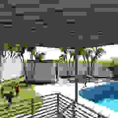من Kiuva arquitectura y diseño ريفي خشب Wood effect