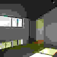 ときどき電車の見える家 の 設計事務所アーキプレイス モダン コンクリート