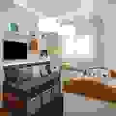 Quarto de bebê por Aline Dinis Arquitetura de Interiores Moderno Madeira Efeito de madeira