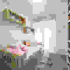 Aline Dinis Arquitetura de Interiores Dormitorios de niñas Madera Acabado en madera