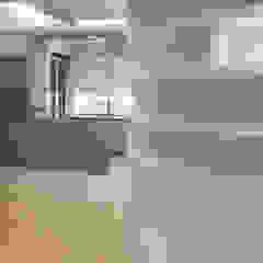 ULA architects Modern dining room Grey