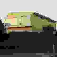 por Arquitectura & servicios aociados Rústico Madeira Acabamento em madeira