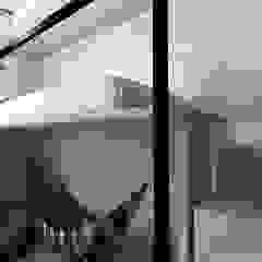 Dom w lesie Klasyczny pokój dziecięcy od Projektownia Marzena Dąbrowska Klasyczny