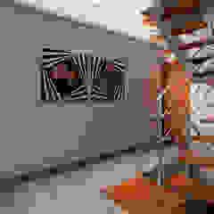 Proyecto JJ Pasillos, vestíbulos y escaleras modernos de Luis Escobar Interiorismo Moderno