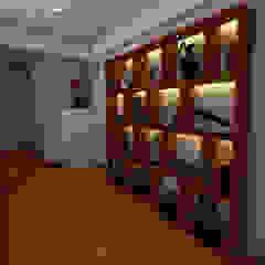 PROYECTO GA Pasillos, vestíbulos y escaleras modernos de Luis Escobar Interiorismo Moderno