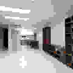 Modern living room by 한 인테리어 디자인 Modern