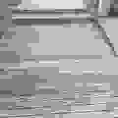 من Drevo - Wood Solutions Lda إستوائي