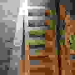 Estruturas de pisos e telhados por Drevo - Wood Solutions Lda Industrial