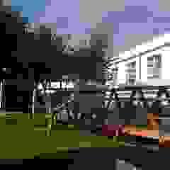 Projeto Manutenção/Qualificação EBI Biscoitos Escolas modernas por PE. Projectos de Engenharia, LDa Moderno