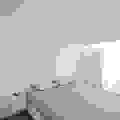Apartamento em Vila do Conde Quartos minimalistas por Raulino Silva Arquitecto Unip. Lda Minimalista