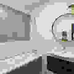 Apartament Kolonialny Kolonialna łazienka od KODO projekty i realizacje wnętrz Kolonialny