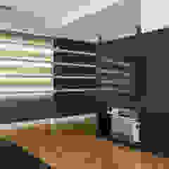 a2 Studio Borgia - Romagnolo architetti Modern living room