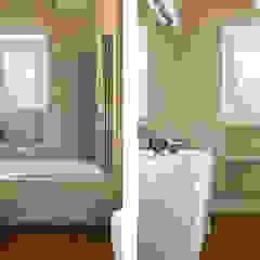 a2 Studio Borgia - Romagnolo architetti Modern bathroom