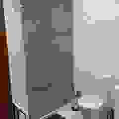 Moderne Badezimmer von MEA Interior Design Modern