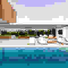 Casa Ginkgo Piscinas minimalistas por Studio Calla Arquitetura Minimalista Mármore