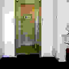 Jax Meyer Kitchen & BIC's Minimalist bedroom by Capital Kitchens cc Minimalist Wood Wood effect