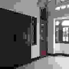 Sejahtera House Ruang Keluarga Gaya Kolonial Oleh Kahuripan Architect Kolonial Kayu Wood effect