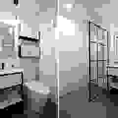 Baños de estilo clásico de 하우스톡 Clásico