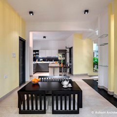 Dining Room Design 根據 Ashwin Architects In Bangalore 現代風
