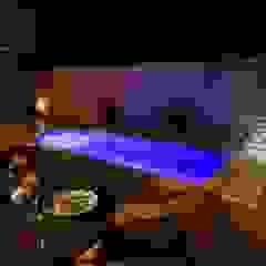 川崎市麻生区のプールのあるリゾート空間住宅 の PROSPERDESIGN ARCHITECT OFFICE/プロスパーデザイン モダン タイル