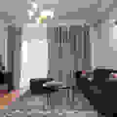 Służbowy apartament w Jarosławiu Rustykalny salon od Viva Design - projektowanie wnętrz Rustykalny Lite drewno Wielokolorowy