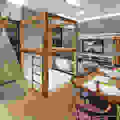 por Ambientando Arquitetura & Interiores Escandinavo