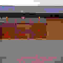 by Hugo Hamity Architects Modern
