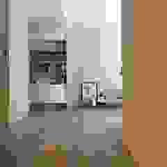 Fertility Design 豐聚空間設計 Modern corridor, hallway & stairs