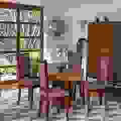 COMEDORES - OCHOINFINITO Comedores de estilo ecléctico de OCHOINFINITO Mobiliario - Interiorismo Ecléctico Derivados de madera Transparente