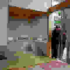 by 丸菱建築計画事務所 MALUBISHI ARCHITECTS Scandinavian Wood Wood effect