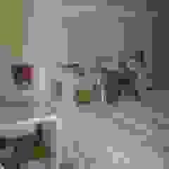 Romina Sirianni BedroomBeds & headboards