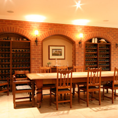 Colonial style wine cellar by homify Colonial Bricks