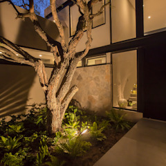 Loyola Arquitectos Modern Garden