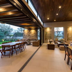 Loyola Arquitectos Modern Dining Room