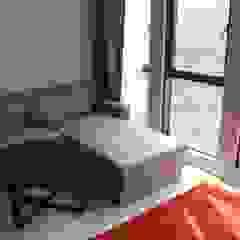 Qliq hotel renovation by jfweejf Modern