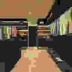 WESTCLIFF BEDROOM WALK IN CLOSET Modern style bedroom by Linken Designs Modern Wood Wood effect