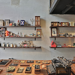 Pickers 古董設計 - 高雄駁二快閃店 Eclectic style offices & stores by 森畊空間設計 Eclectic Solid Wood Multicolored